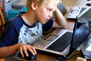 Varios paises introducen iniciativas para que en los colegios se aprenda a programar