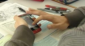 La Audiencia Nacional avala la decisión de un colegio de acceder al móvil de un aluimno